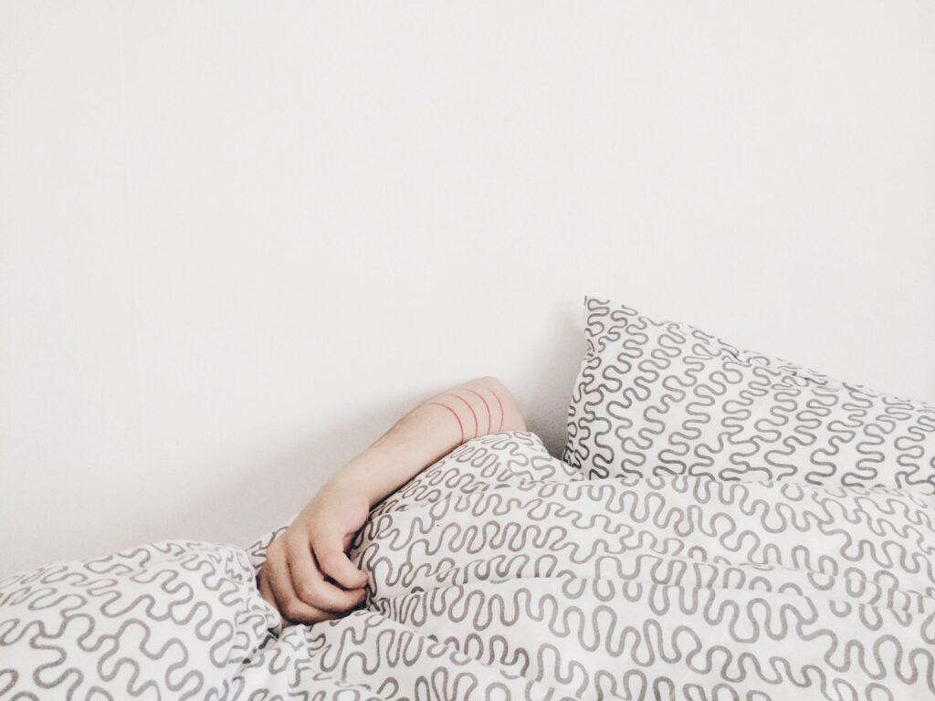 letto dormire consigli di bellezza collagenil sveglia insonnia da stress
